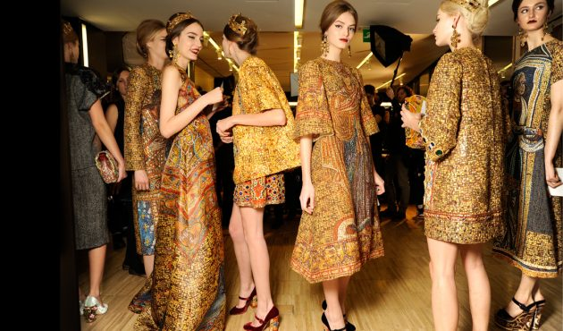 model-beauty-secrets-backstage-at-the-dolce-and-gabbana-fashion-show-fw-2014-routine