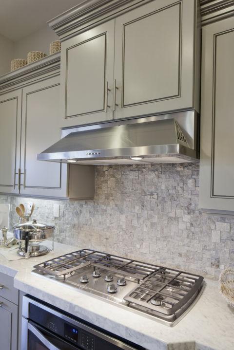 1445444157-1445370828-grey-kitchen