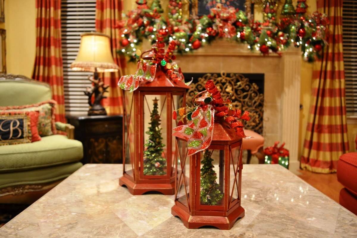 Anyone want to post favorite christmas decor ideas for Christmas decorations indoor
