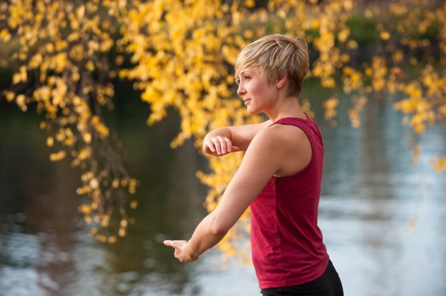 carry-cosmos-tai-chi-woman-nature