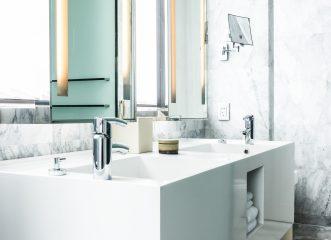 6 πράγματα που δεν πρέπει να αποθηκεύετε στο μπάνιο