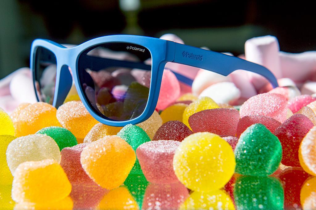 Υποδεχθείτε τα γυαλιά ηλίου που λυγίζουν 0a52dbece39