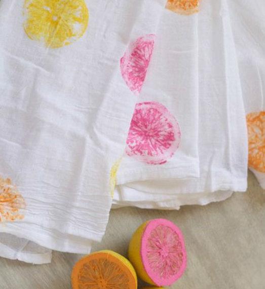 diy-σφραγίδες-από-φρούτα-για-πετσέτες-ρι