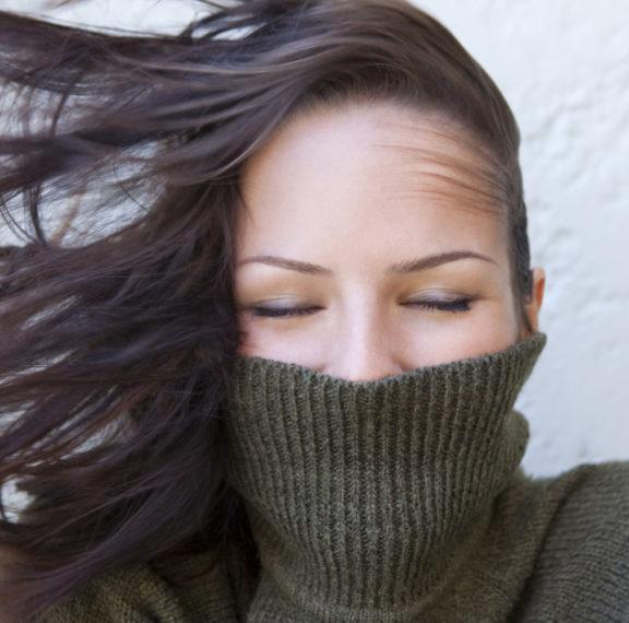 πώς-δεν-θα-ηλεκτρίζονται-τα-μαλλιά-σας