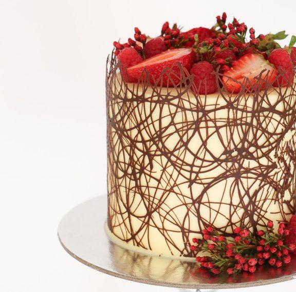 διακόσμηση-τούρτας-με-σοκολάτα-βίντε