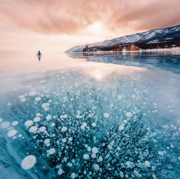 η-παγωμένη-λίμνη-βαϊκάλη-είναι-αυτό-πο