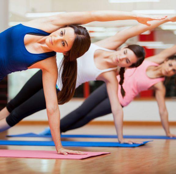 η-yoga-νικά-τους-χρόνιους-πόνους-της-μέσ