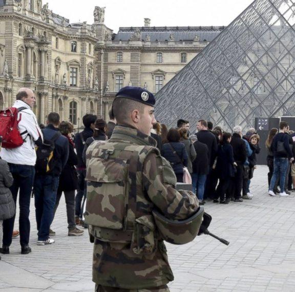 πυροβολισμοί-στο-κέντρο-του-παρισιού