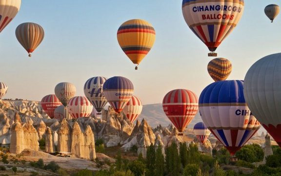 πτώση-τουριστικών-αερόστατων-στην-κα