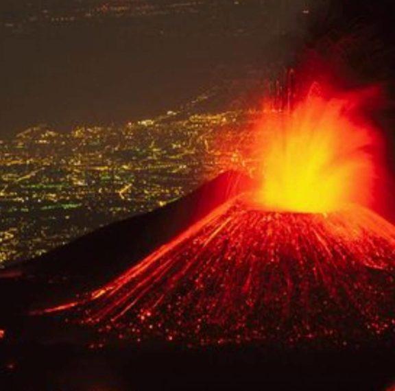 το-ηφαίστειο-της-αίτνας-εκρύγνηται-κα