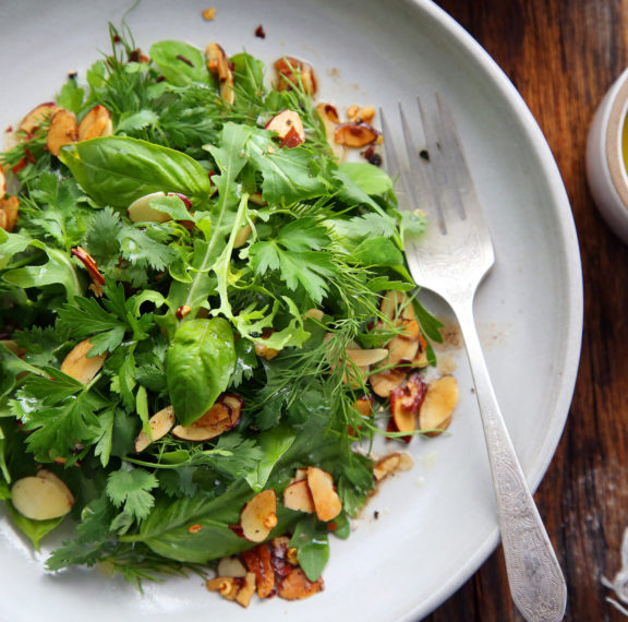 εύκολη-θρεπτική-και-δροσιστική-σαλάτ