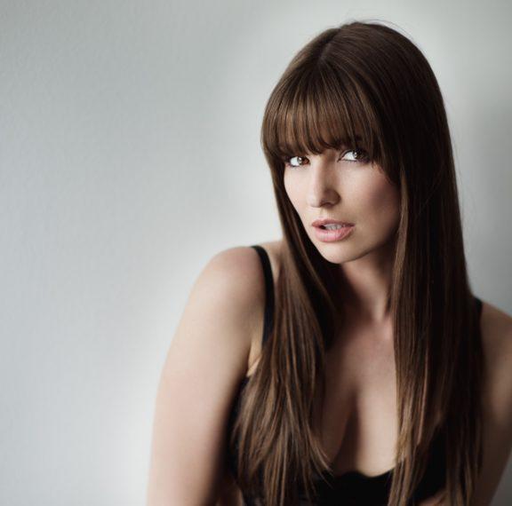 πώς-να-ισιώσεις-τα-μαλλιά-σου-χωρίς-το-ζ