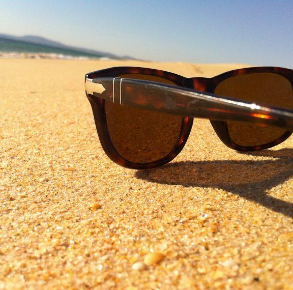 το-καλοκαίρι-και-τα-μάτια-σας-γιατί-πρέ