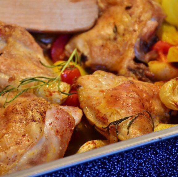 κοτόπουλο-στο-φούρνο-με-πατάτες-baby-και-μ