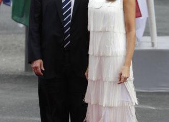 το-φόρεμα-της-μελάνια-που-προκάλεσε-χι