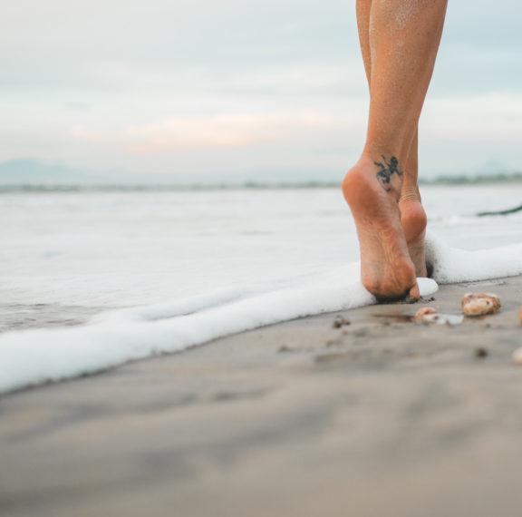 σε-ενοχλεί-η-άμμος-στα-πόδια-αυτό-είναι