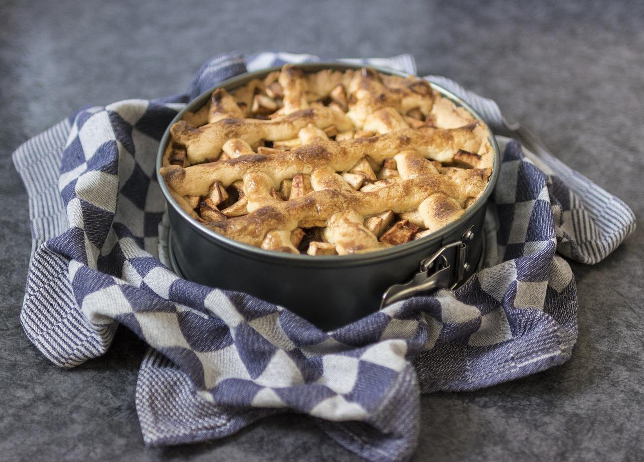 Έχουμε τη συνταγή για την πιο εύκολη μηλόπιτα