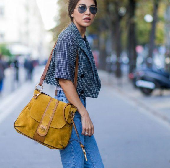 το-νέo-trend-στα-jeans-που-έχει-ξετρελάνει-τους-πά