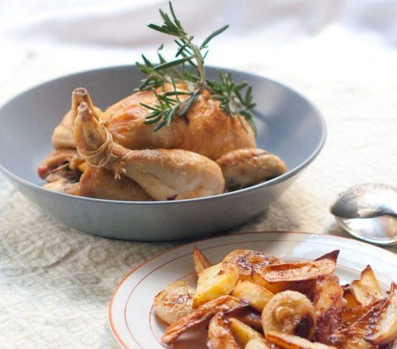 λεμονάτο-κοτόπουλο-με-δεντρολίβανο-η