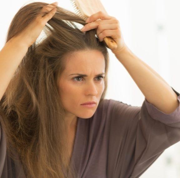 5-πράγματα-που-τα-μαλλιά-προσπαθούν-να-π