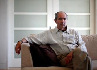 πέθανε-ο-σπουδαίος-αμερικανός-συγγρα