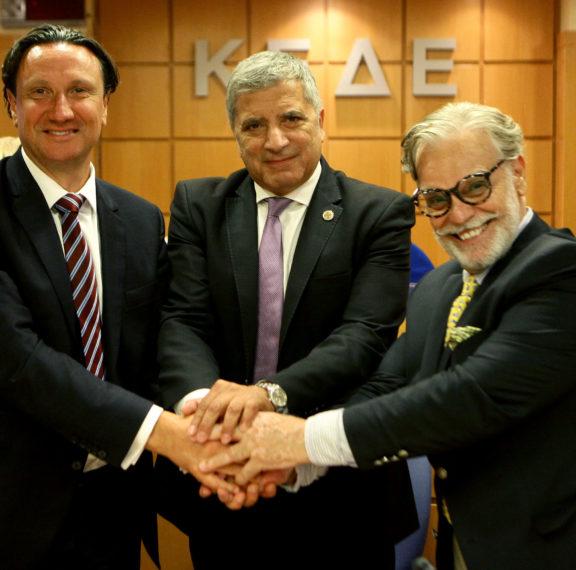 απόδημοι-έλληνες-μία-ισχυρή-κοινότητ