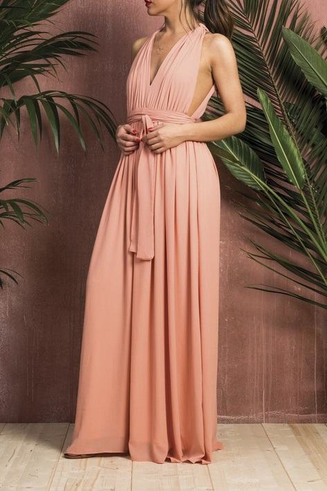 cc3aaa3ab26 Βρήκαμε τα καλύτερα maxi φορέματα της αγοράς για όλα τα πορτοφόλια