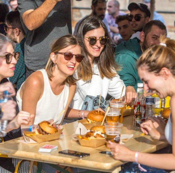 το-burger-fest-επιστρέφει-για-να-ικανοποιήσει-α