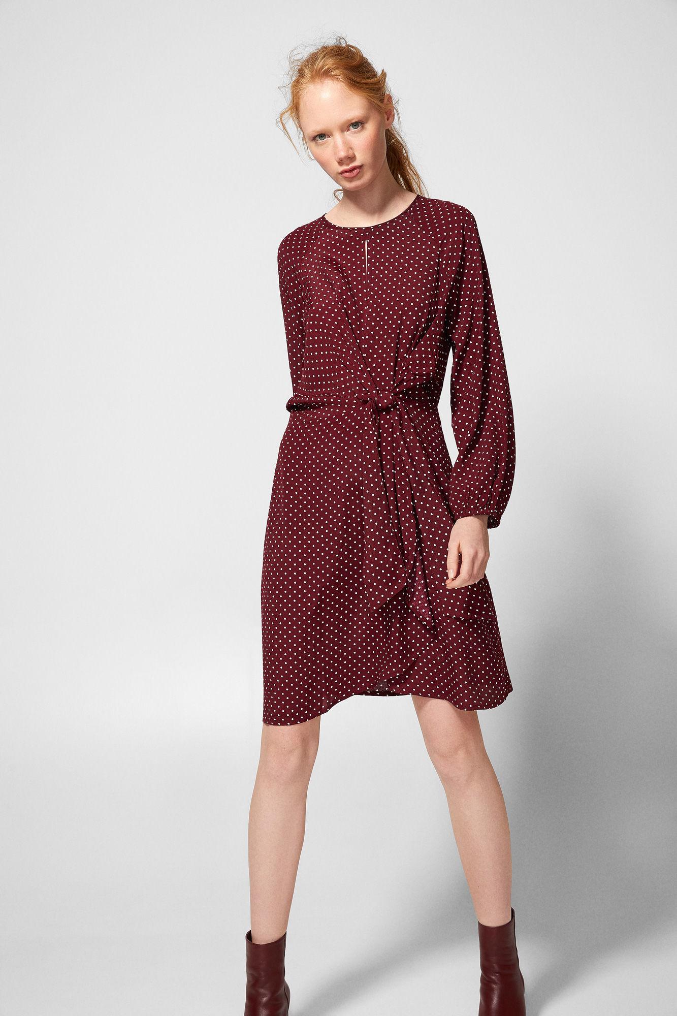 d185d3c804a Βρήκαμε τα πιο όμορφα φθινοπωρινά φορέματα που θα φοράμε από το πρωί ...
