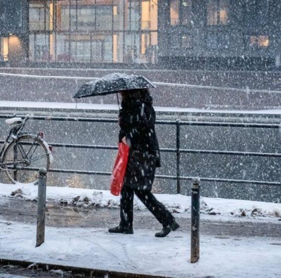 παραμονή-χριστουγέννων-με-βροχές-και