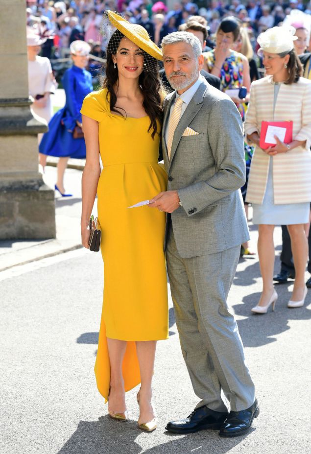 2b65b37c5e1e «Φορέθηκε από την Αμάλ Κλούνεϊ στον γάμο του Δούκα και της Δούκισσας του  Σάσεξ