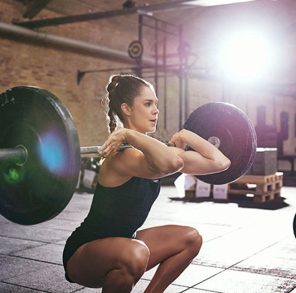 άσκηση-με-βάρη-βελτιώνει-την-υγεία-των