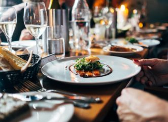 δείπνο-αλά-γαλλικά-σε-114-εστιατόρια-σ