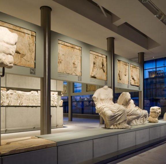 ελεύθερη-είσοδος-σε-μουσεία-και-αρχαι