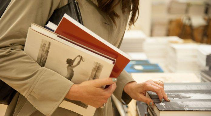 e12784cb96 Έρχεται το 6ο Bazaar βιβλίων στο Μουσείο Μπενάκη με εκπτώσεις έως 70%