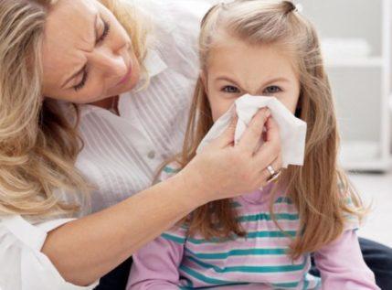 Παιδικές αλλεργίες – Ποιος ο ρόλος των φαρμάκων και των τροφίμων;