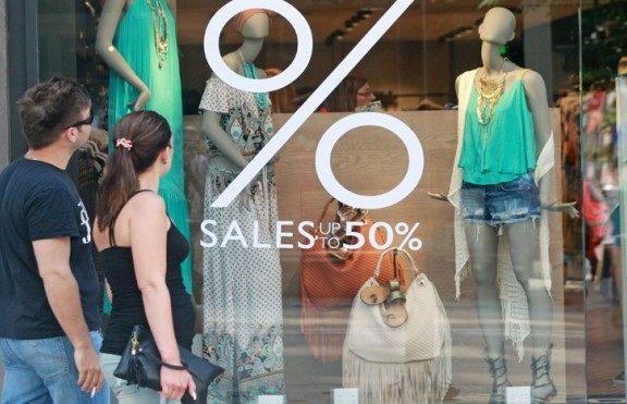 θερινές-εκπτώσεις-ανοιχτά-τα-μαγαζιά