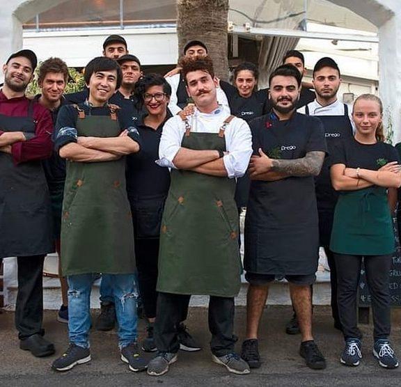 ο-παντελής-από-το-master-chef-προσέλαβε-τον-ζαχί