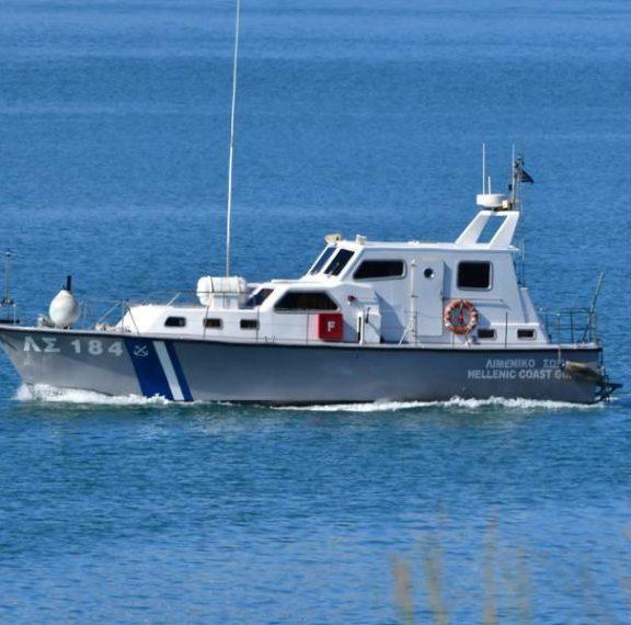 σύγκρουση-flying-cat-3-με-θαλάσσιο-ταξί-στην-ύδρ