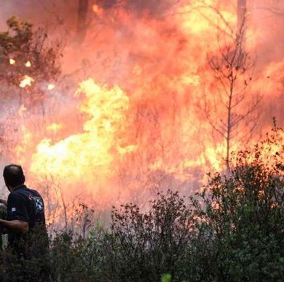 μεγάλη-πυρκαγιά-ξέσπασε-πριν-από-λίγο