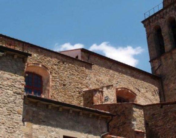 μοναστήρι-του-17ου-αιώνα-έβαλε-λουκέτο