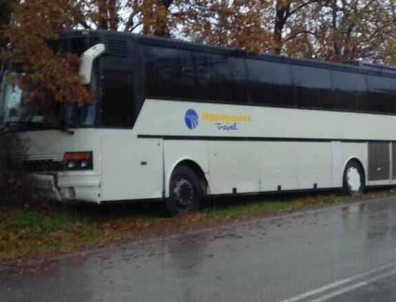 τροχαίο-με-λεωφορείο-που-μετέφερε-37-μαθ
