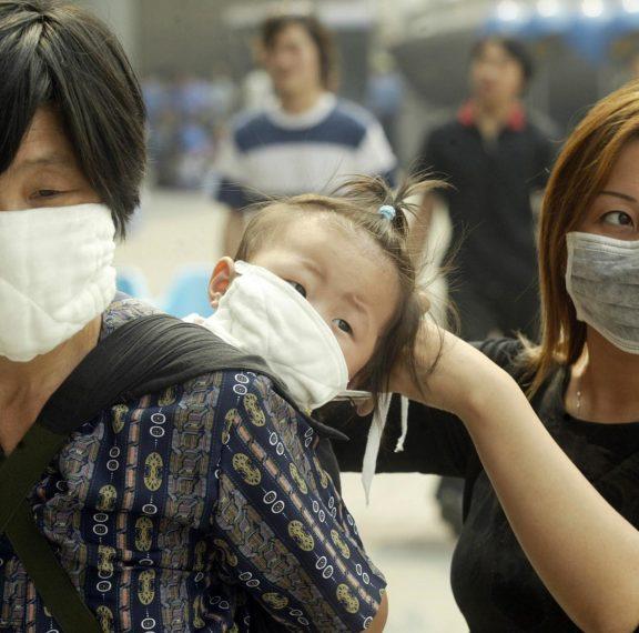 μυστηριώδης-ιός-πνευμονίας-με-δεκάδε