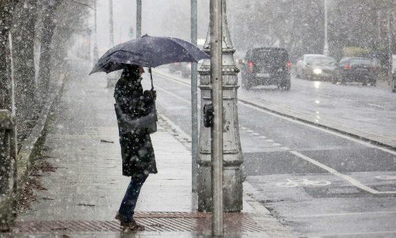 κρύο-βροχές-και-χιόνια-σήμερα-δείτε