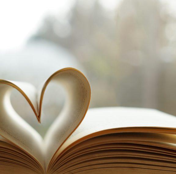 5-ιστορίες-αγάπης-που-επιβάλλεται-να-δι