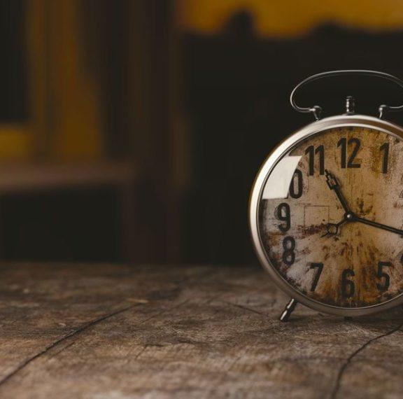 πότε-γυρίζουμε-τα-ρολόγια-μας-μία-ώρα-μ