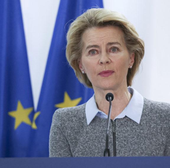 η-πρόεδρος-της-ευρωπαϊκής-επιτροπής-ο