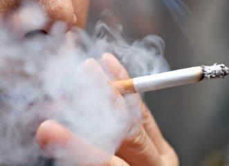 κορωνοϊός-τελικά-οι-καπνιστές-είναι-π
