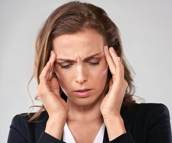 οι-κεφαλαλγίες-στην-πανδημία-covid-19-τι-κρύ