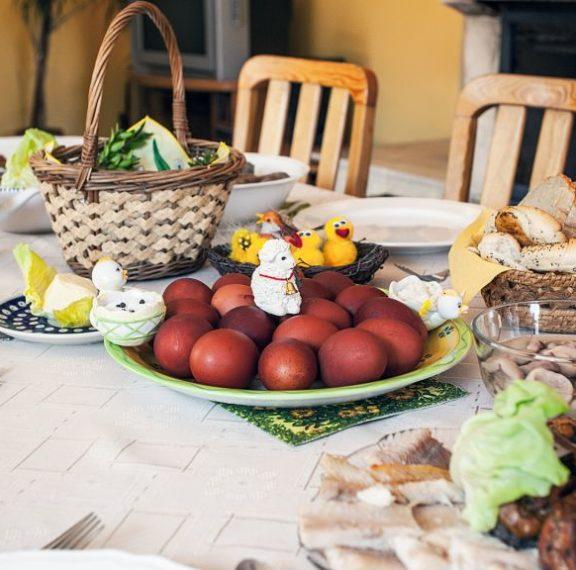πασχαλινό-τραπέζι-τι-πρέπει-να-προσέξ